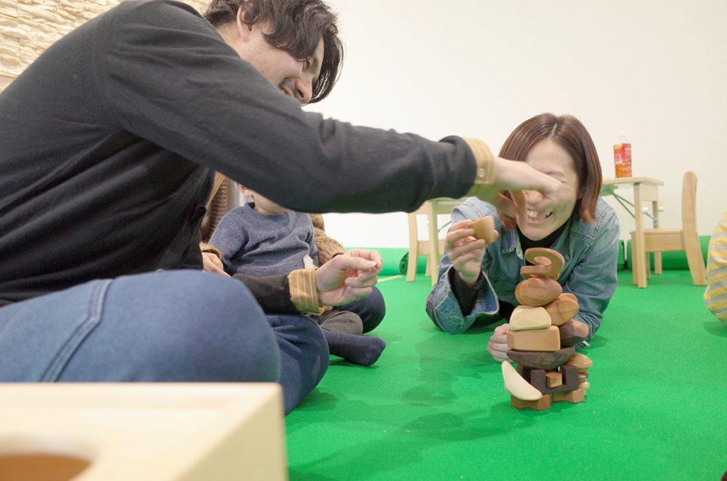 所沢市の家具工房のokaikosanのオーダー家具の保育園の木のワークショップの画像
